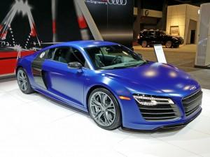 2014_Audi_R8_V10_plus