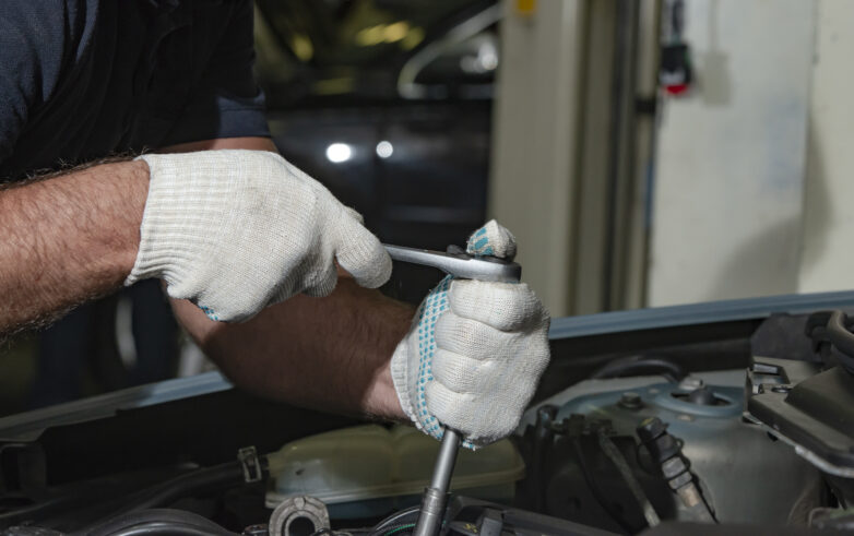 How To Know If Your Car Is Experiencing Transmission Problems